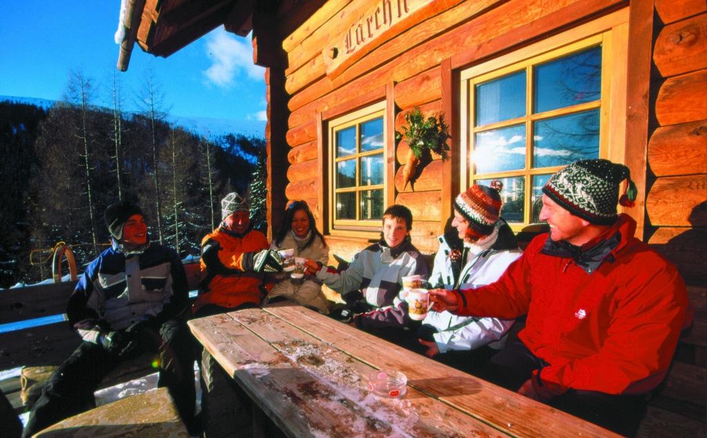Skiing Mammoth Lakes apres