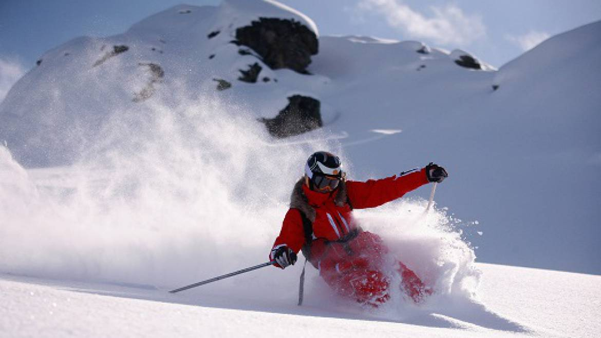 Powder Skiing Tips in Mammoth Lakes, CA