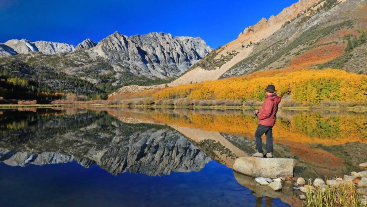 Mammoth Lakes in the fall