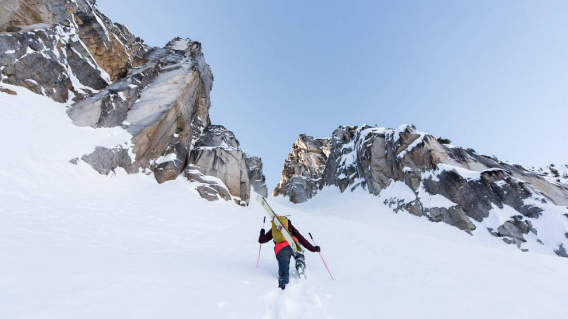 backcountry skiing mammoth