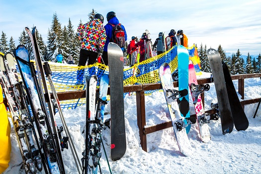 Price of Snowboard Rental in Mammoth Lakes, CA
