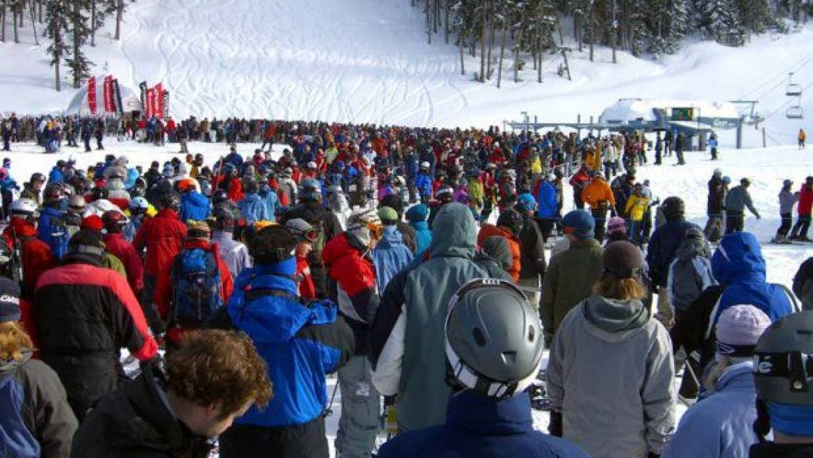 avoid crowds at mammoth mountain lift traffic
