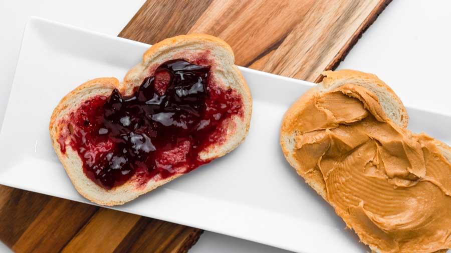 save money pbj sandwich
