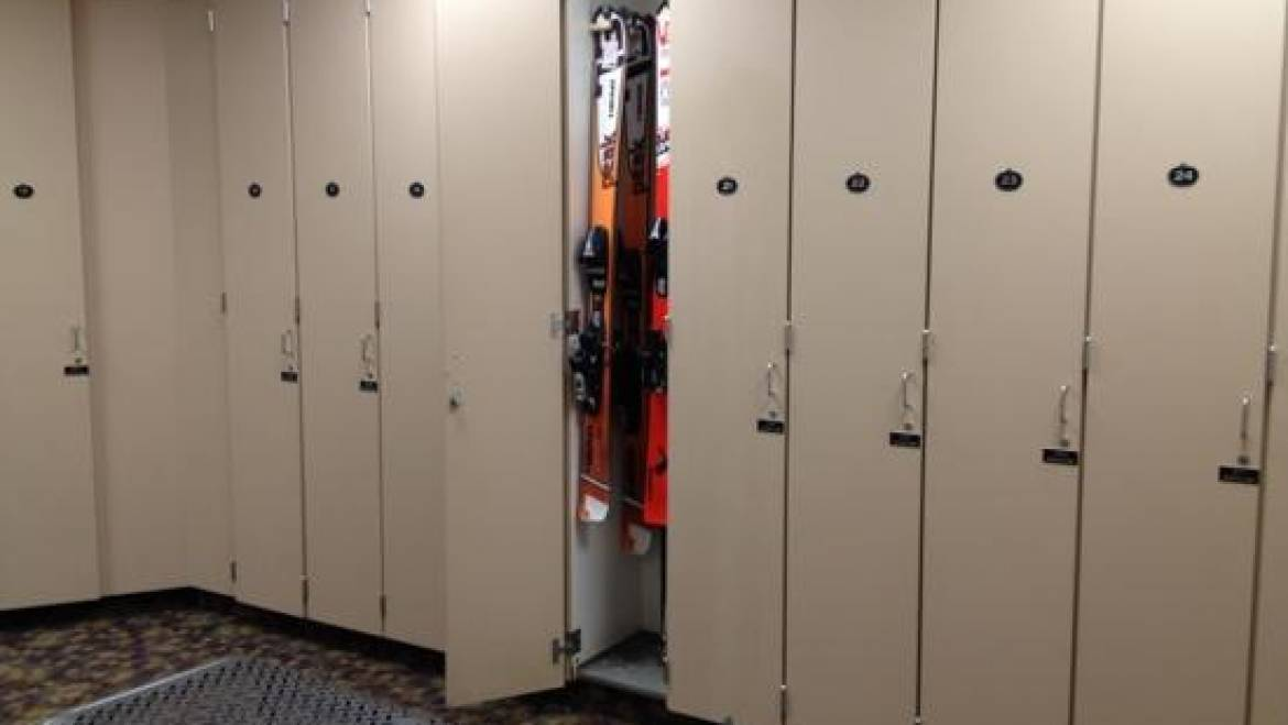 ski lockers mammoth