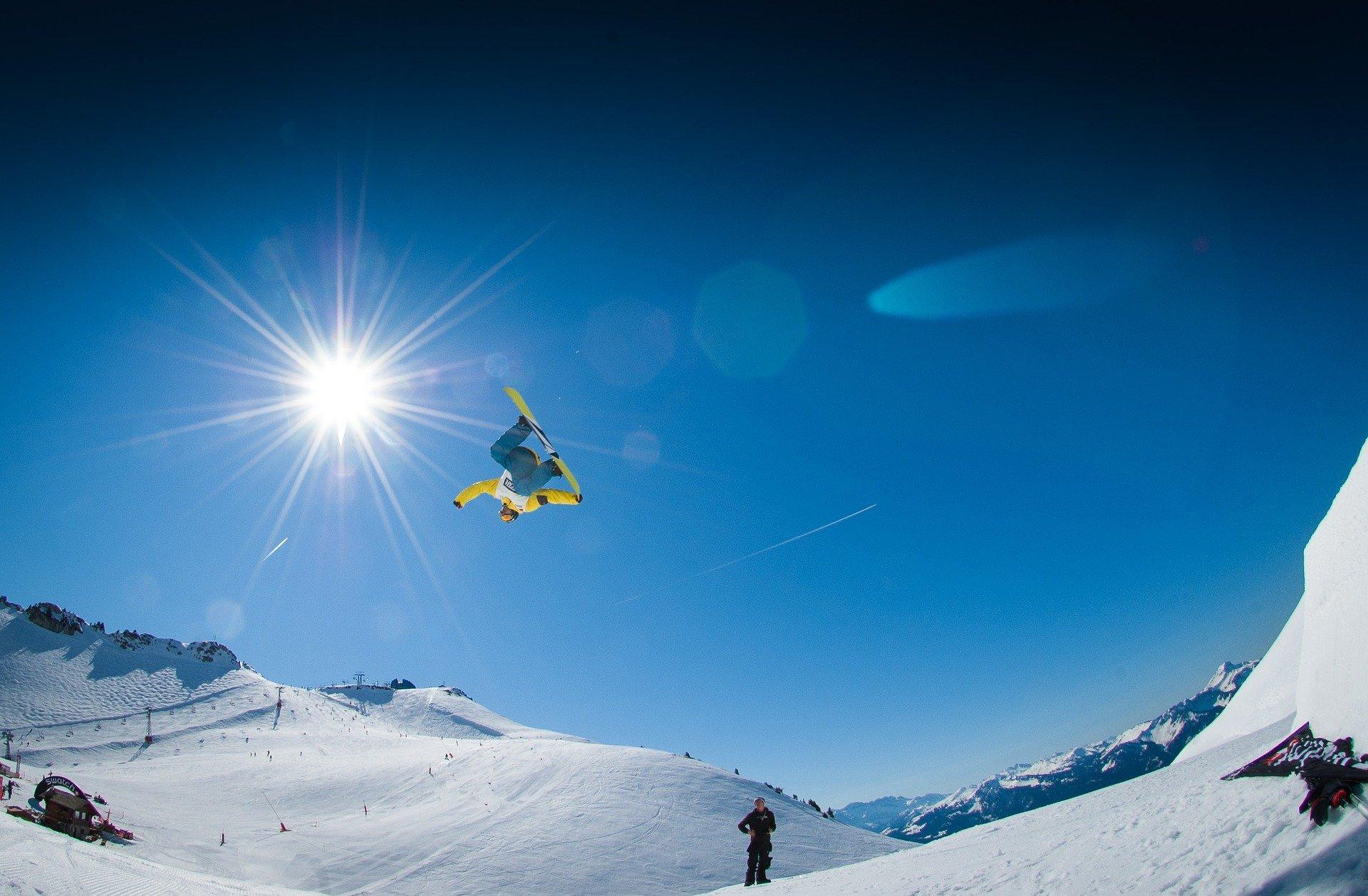 Snowboarding in Mammoth