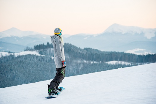 Tips for Snowboarding Safely in Mammoth Lakes, CA