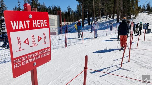 lift line at mammoth mountain
