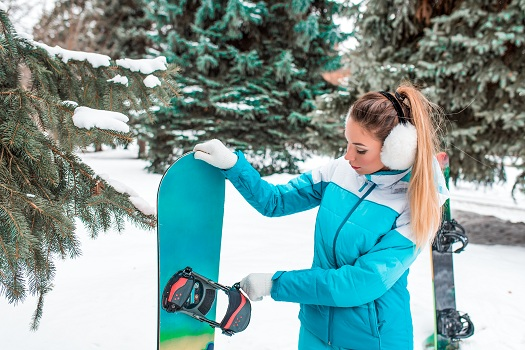 How an Snowboards Break in Mammoth Lakes, CA
