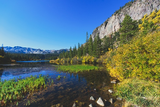 What's the Weather Like in Mammoth During the Fall in Mammoth Lakes, CA